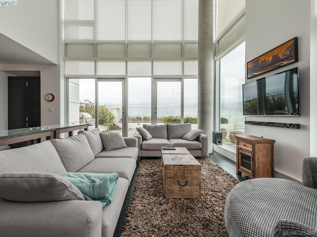 510 770 Fisgard St - Vi Downtown Condo Apartment for sale, 3 Bedrooms (375609) #1