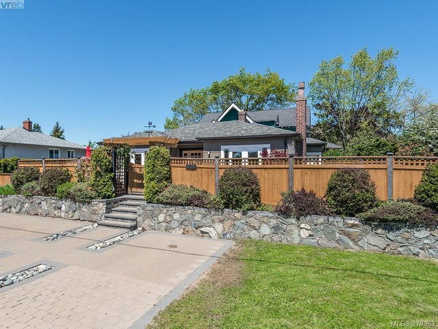 2780 Foul Bay Rd - SE Camosun Single Family Detached for sale, 4 Bedrooms (378383) #1