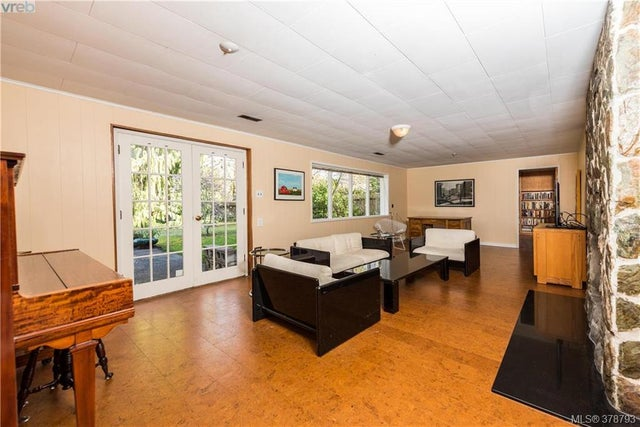 3225 Exeter Rd - OB Uplands Single Family Detached for sale, 5 Bedrooms (378793) #13