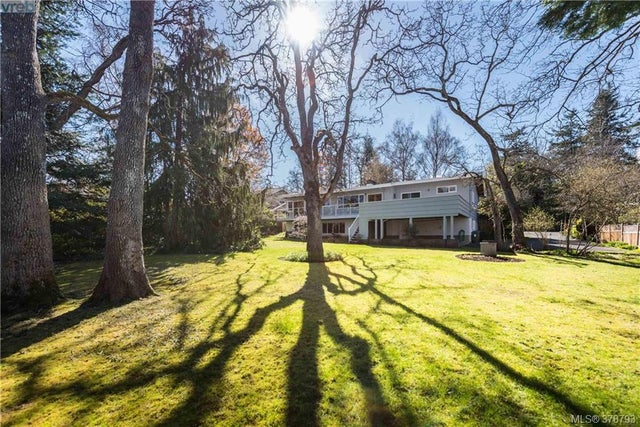 3225 Exeter Rd - OB Uplands Single Family Detached for sale, 5 Bedrooms (378793) #3