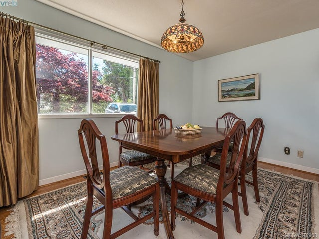 3752 Waring Pl - SE Cadboro Bay Single Family Detached for sale, 4 Bedrooms (378968) #7
