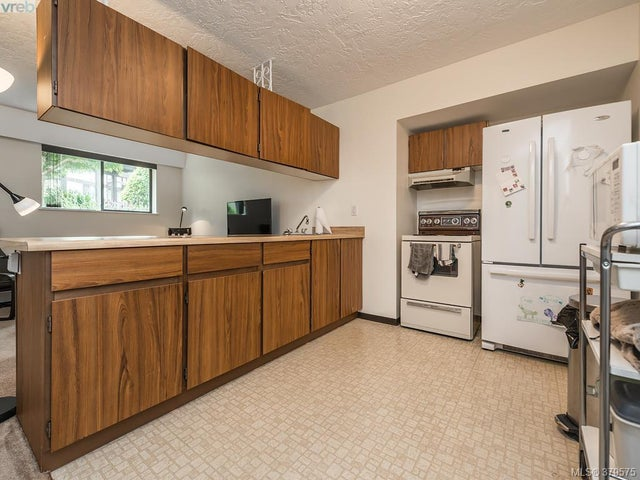 112 1975 Lee Ave - Vi Jubilee Condo Apartment for sale, 1 Bedroom (379575) #6