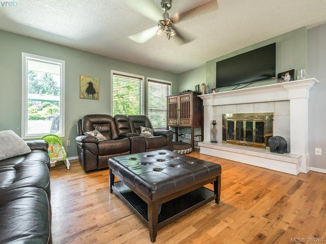 3359 St. Troy Pl - Co Triangle Single Family Detached for sale, 5 Bedrooms (380261) #2