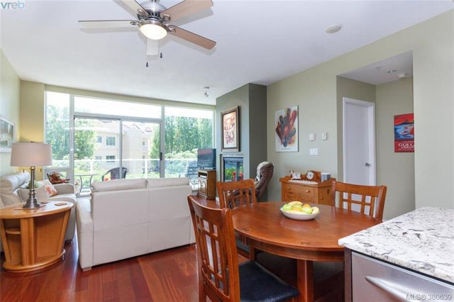 109 68 Songhees Rd - VW Songhees Condo Apartment for sale, 2 Bedrooms (380639) #10
