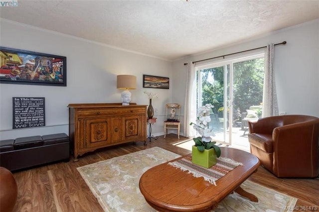 1327 Slater St - Vi Mayfair Single Family Detached for sale, 5 Bedrooms (381473) #12