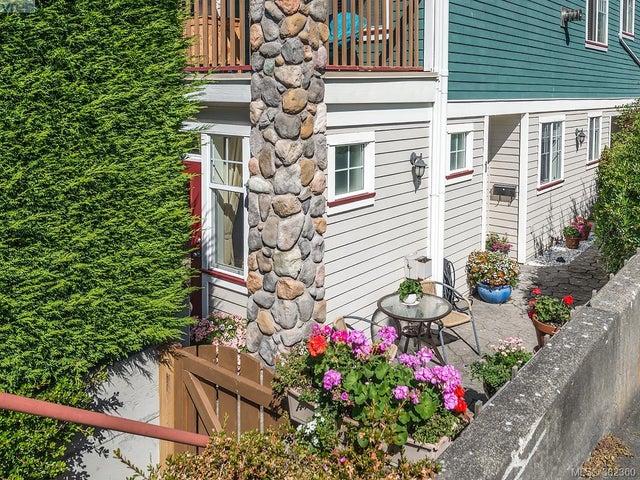 1 1250 Johnson St - Vi Downtown Condo Apartment for sale, 2 Bedrooms (382360) #17