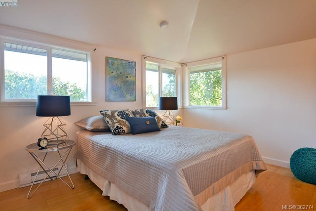 426 Raynor Ave - VW Victoria West Half Duplex for sale, 2 Bedrooms (382774) #10