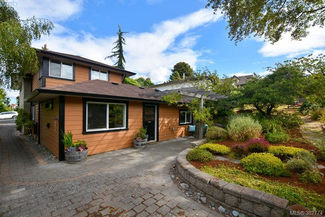 426 Raynor Ave - VW Victoria West Half Duplex for sale, 2 Bedrooms (382774) #16