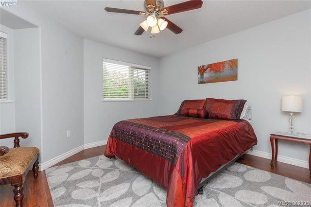 105 27 Songhees Rd - VW Songhees Condo Apartment for sale, 3 Bedrooms (382995) #13