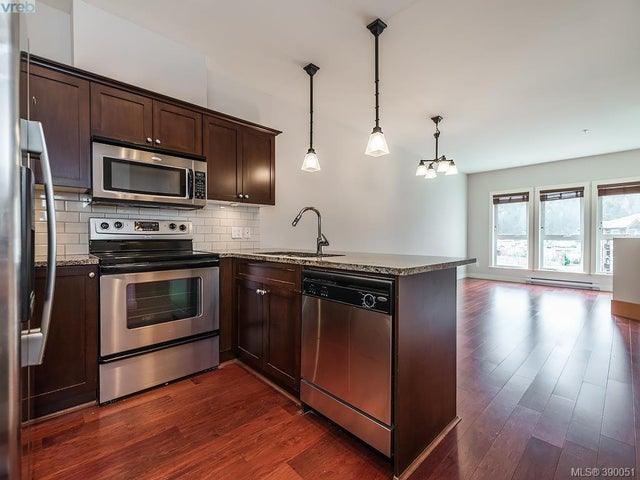 305 201 Nursery Hill Dr - VR Six Mile Condo Apartment for sale, 2 Bedrooms (390051) #6