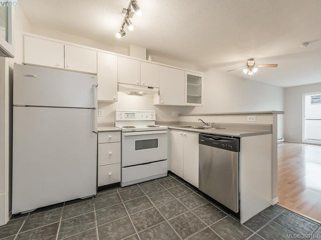 214 827 North Park St - Vi Central Park Condo Apartment for sale, 2 Bedrooms (390181) #1