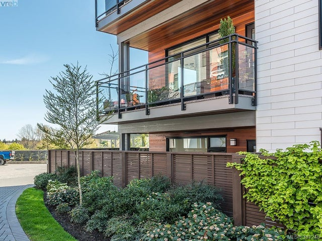 203 3811 Rowland Ave - SW Glanford Condo Apartment for sale, 2 Bedrooms (391245) #15