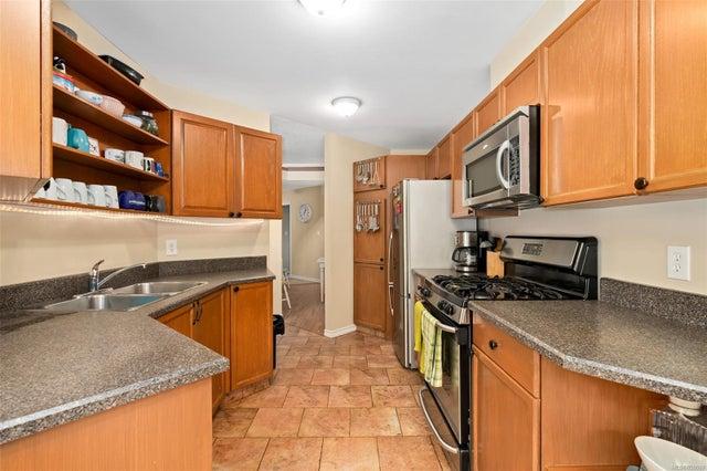 6 500 Marsett Pl - SW Royal Oak Row/Townhouse for sale, 3 Bedrooms (859069) #16