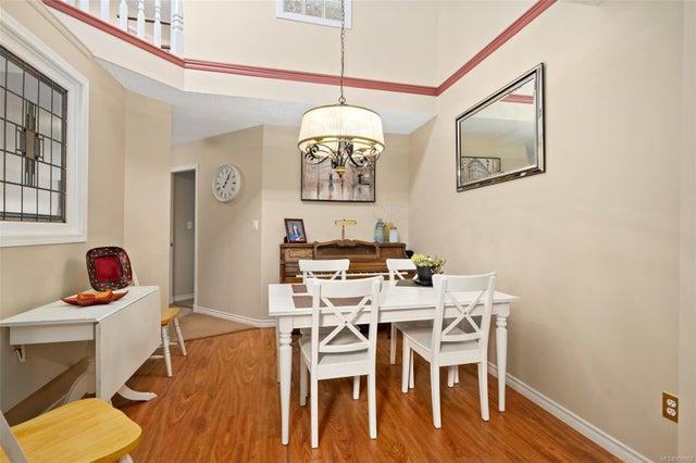 6 500 Marsett Pl - SW Royal Oak Row/Townhouse for sale, 3 Bedrooms (859069) #17