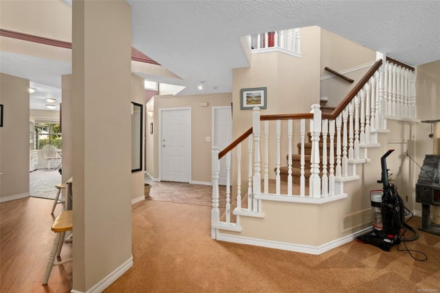 6 500 Marsett Pl - SW Royal Oak Row/Townhouse for sale, 3 Bedrooms (859069) #25