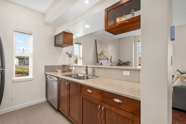 106 7088 West Saanich Rd - CS Brentwood Bay Row/Townhouse for sale, 3 Bedrooms (861204) #11