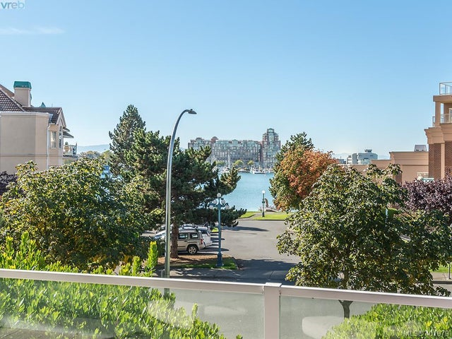 106 68 Songhees Rd - VW Songhees Condo Apartment for sale, 3 Bedrooms (401879) #12