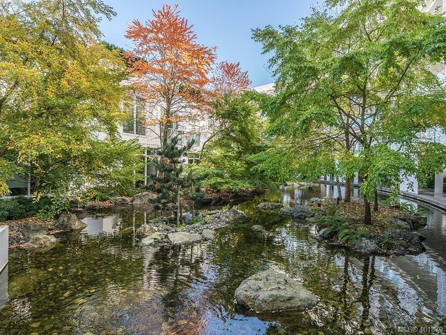 106 68 Songhees Rd - VW Songhees Condo Apartment for sale, 3 Bedrooms (401879) #26