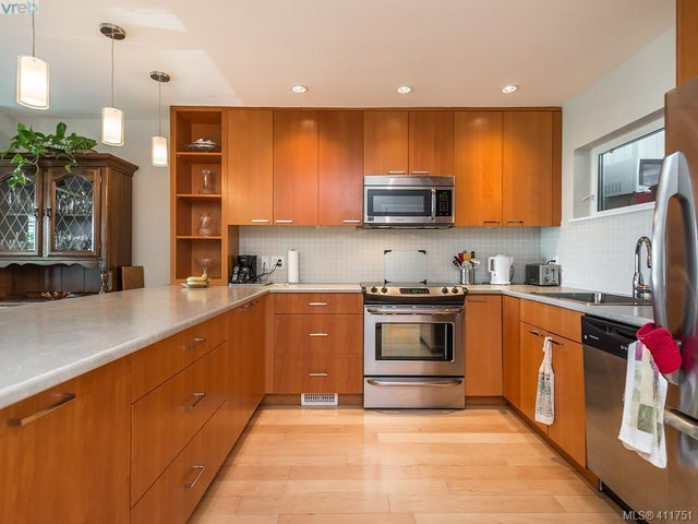 11 785 Central Spur Rd - VW Victoria West Row/Townhouse for sale, 2 Bedrooms (411751) #9