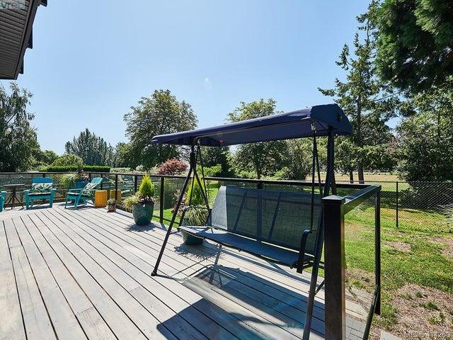 3883 Cadboro Bay Rd - SE Cadboro Bay Single Family Detached for sale, 6 Bedrooms (414269) #33