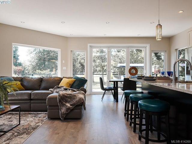 3883 Cadboro Bay Rd - SE Cadboro Bay Single Family Detached for sale, 6 Bedrooms (414269) #9