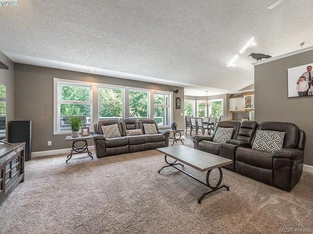 754 Lorimer Rd - Hi Western Highlands Single Family Detached for sale, 5 Bedrooms (414460) #4