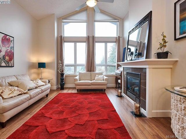 401 3226 Jacklin Rd - La Walfred Condo Apartment for sale, 2 Bedrooms (416254) #1