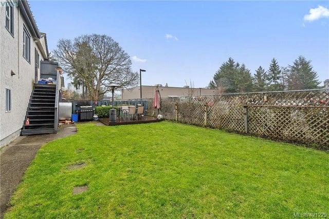 2845/2847 Peatt Rd - La Langford Proper Full Duplex for sale, 6 Bedrooms (421229) #13