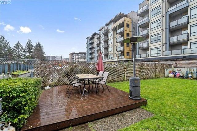 2845/2847 Peatt Rd - La Langford Proper Full Duplex for sale, 6 Bedrooms (421229) #14