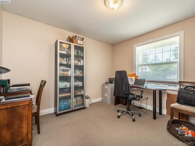 3073 Carroll St - Vi Burnside Single Family Detached for sale, 3 Bedrooms (425873) #11