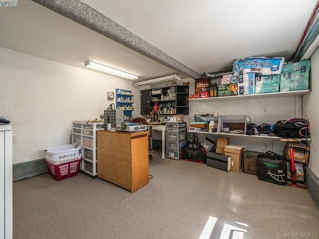 3073 Carroll St - Vi Burnside Single Family Detached for sale, 3 Bedrooms (425873) #16