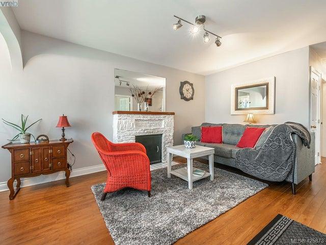 3073 Carroll St - Vi Burnside Single Family Detached for sale, 3 Bedrooms (425873) #2