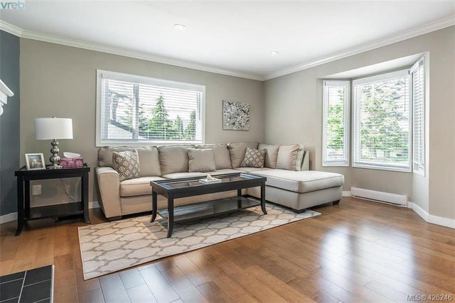 955 Sluggett Rd - CS Brentwood Bay Single Family Detached for sale, 4 Bedrooms (426246) #2