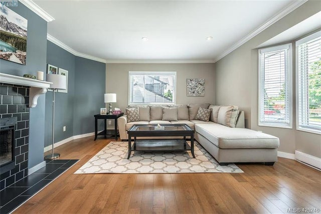 955 Sluggett Rd - CS Brentwood Bay Single Family Detached for sale, 4 Bedrooms (426246) #3