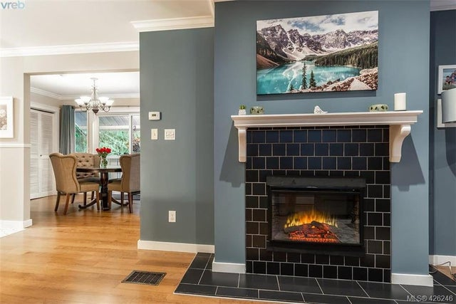 955 Sluggett Rd - CS Brentwood Bay Single Family Detached for sale, 4 Bedrooms (426246) #6