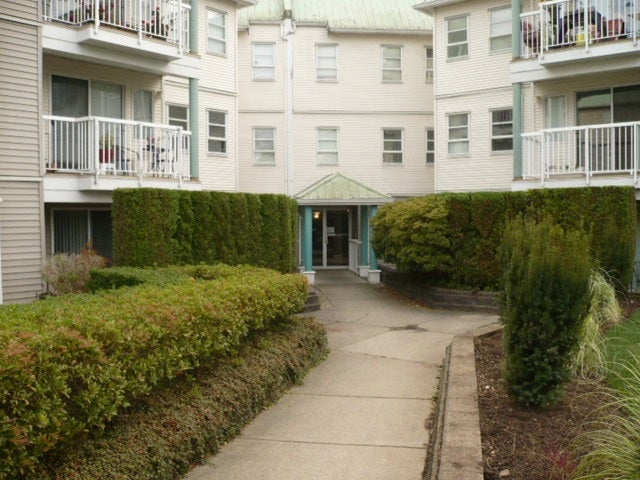 303 9763 140TH STREET - Whalley Apartment/Condo for sale, 2 Bedrooms (R2219761) #1