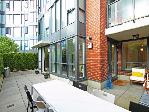 228 - 3228 Tupper Street, Vancouver West, Cambie Area - Cambie Apartment/Condo for sale, 2 Bedrooms (V839939) #1