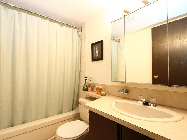 206 215 N TEMPLETON DRIVE - Hastings Apartment/Condo for sale, 1 Bedroom (V875536) #8