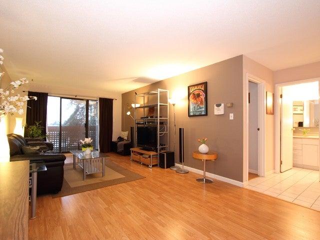 # 303 - 7151 Edmonds Street, Burnaby South, Edmonds Area - Highgate Apartment/Condo for sale, 1 Bedroom (V863278) #1
