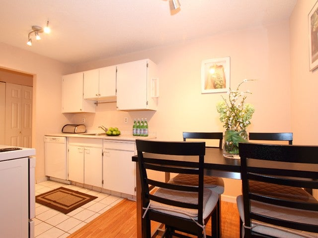 # 303 - 7151 Edmonds Street, Burnaby South, Edmonds Area - Highgate Apartment/Condo for sale, 1 Bedroom (V863278) #4