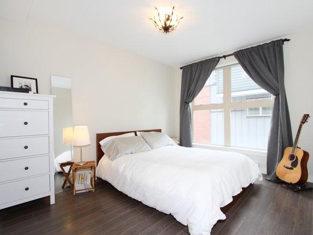 717 - East 20th Avenue Vancouver - Fraser VE Townhouse for sale, 2 Bedrooms (V1009388) #15