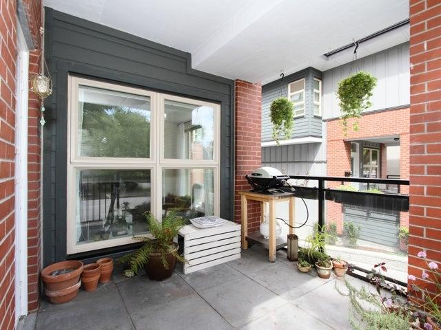 717 - East 20th Avenue Vancouver - Fraser VE Townhouse for sale, 2 Bedrooms (V1009388) #6