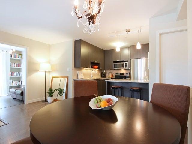 717 - East 20th Avenue Vancouver - Fraser VE Townhouse for sale, 2 Bedrooms (V1009388) #3