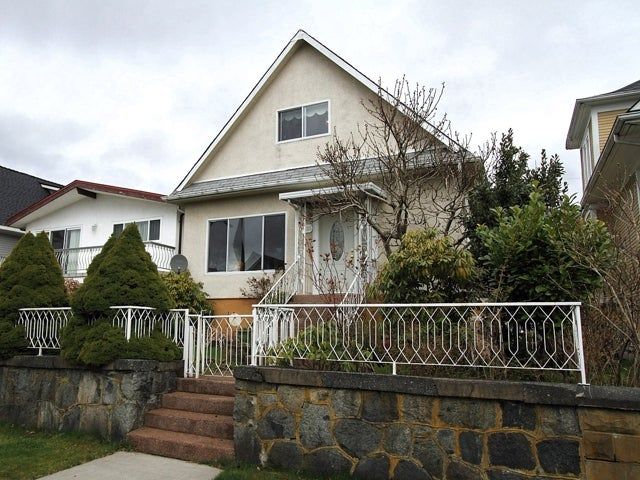 1753 East 2nd Avenue, Vancouver - Grandview Woodland House/Single Family for sale, 3 Bedrooms (V938901) #1