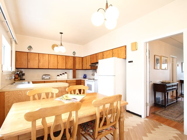 1753 East 2nd Avenue, Vancouver - Grandview Woodland House/Single Family for sale, 3 Bedrooms (V938901) #10