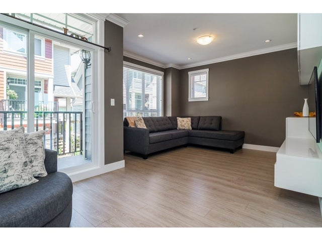 17 21017 76 AVENUE - Willoughby Heights Townhouse for sale, 3 Bedrooms (R2189976) #4
