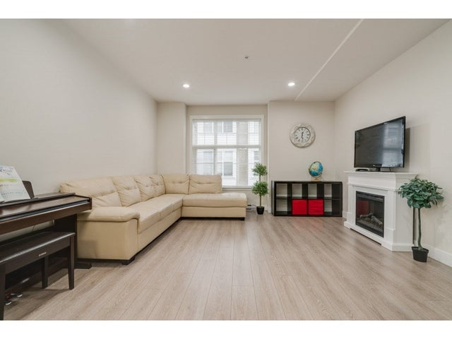 73 7686 209 STREET - Willoughby Heights Townhouse for sale, 3 Bedrooms (R2406347) #7