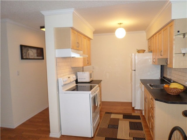# 320 6105 KINGSWAY BB - Highgate Apartment/Condo for sale, 2 Bedrooms (V1039762) #1