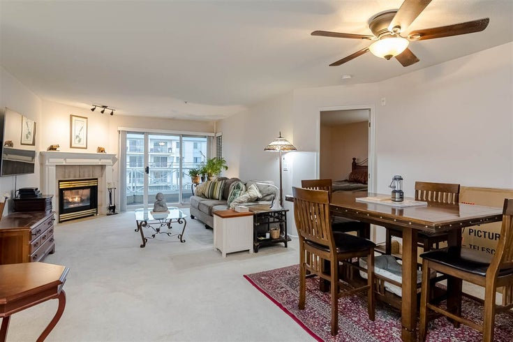 202 20217 MICHAUD CRESCENT - Langley City Apartment/Condo for sale, 2 Bedrooms (R2527395)