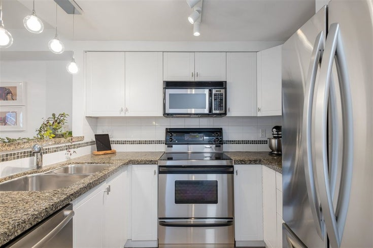 9 1073 LYNN VALLEY ROAD - Lynn Valley Townhouse for sale, 2 Bedrooms (R2575517)